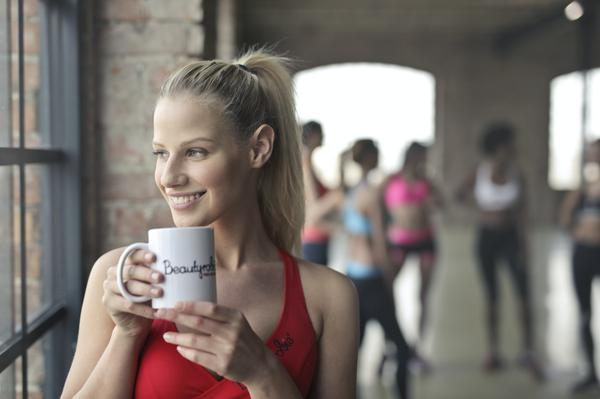 cup,gym,lady