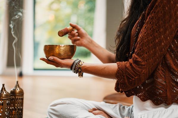 tea, bowl,woman,smoke,herbal