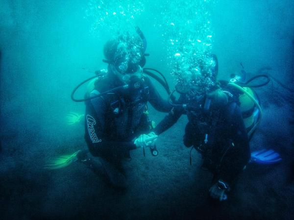 Couple PADI open water course