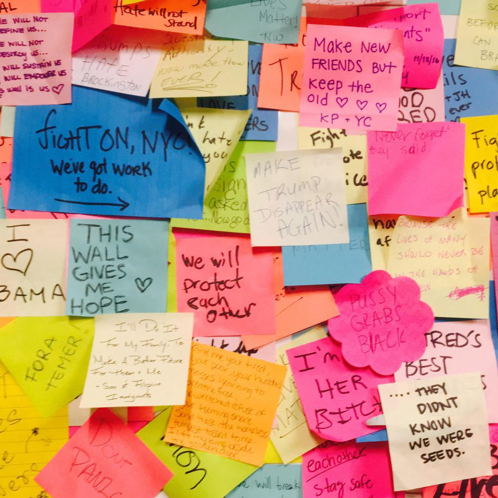 Post-It Notes with various hopeful messages