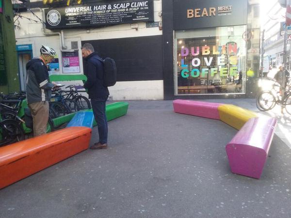 Public seating in Dublin 2