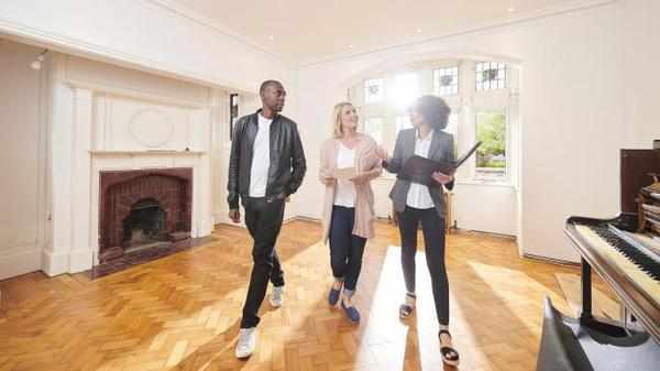 Buyers shown around home